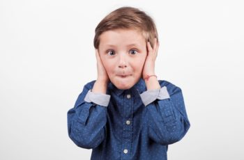 Comunicação Entre Pais e Filhos: Você Escuta (de Verdade) O Que Sua Criança Está Dizendo?